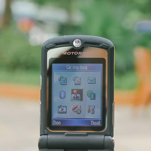 điện thoại motorola v3i nắp gập chính hãng giá rẻ và cách mua hàng an toàn