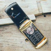 điện thoại Motorola v8 luxury nắp gập chính hãng và Hướng Dẫn Mua Hàng An Toàn