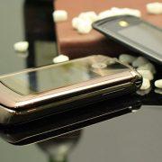 motorola v9 luxury chính hãng giá rẻ và cách kiểm tra máy chính hãng