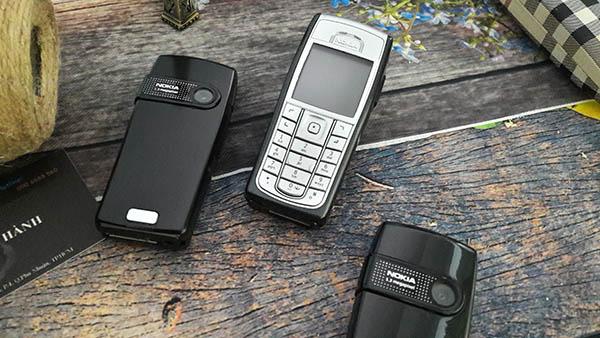 Nokia 6230i thiết kế sang trọng, trẻ trung, độc đáo