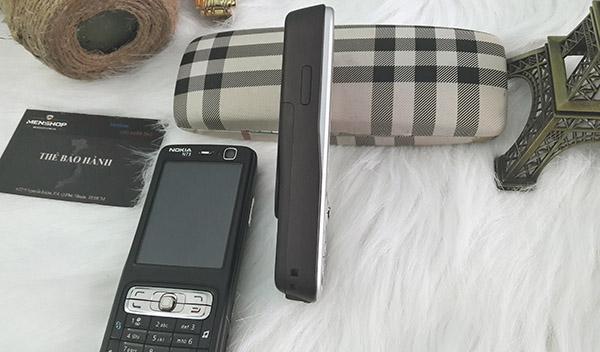 Nokia n73 không quá dày chỉ mỏng 19mm